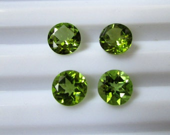 NATURAL PERIDOT ROUND 8mm cut stone faceted vvvs1 quality always buy genuine peridot 8mm round faceted best deal best price perdiot round