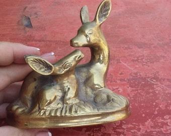 Vintage brass miniature gazelle, mother and calf, brass gazelle figurine, animal statue, gazelles statue, sitting gazelles (Varv - Syr2)