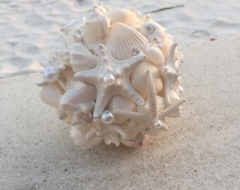 Xo bouquets 15 inch wedding seashell bouquet