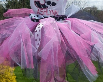 Monster High birthday outfit includes shirt, tutu, hairbow