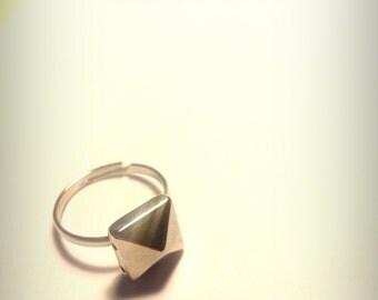 Little Pyramid Stud Ring