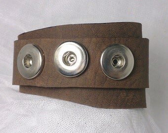 Latte Leather Snap Chunk Cuff Bracelet