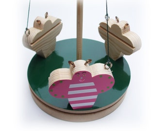 Bumble Bee Mobile Roundabout / Children's Toy