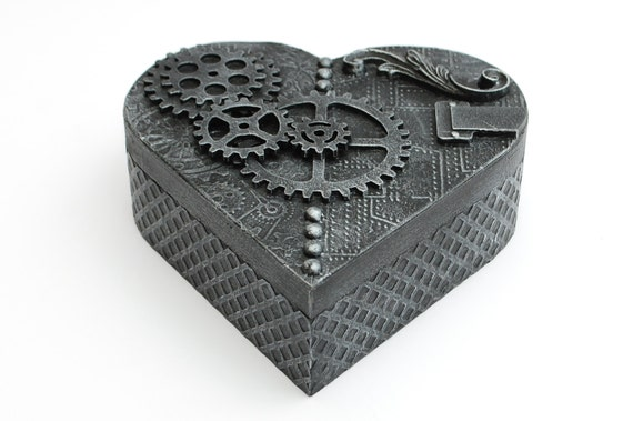 Steampunk Heart Shaped Jewellery Trinket Box. With gears, finished in a antique silver colour