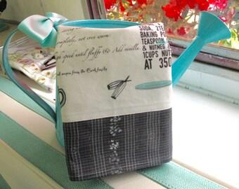 Exclusive designed tea towels Moms Recipes