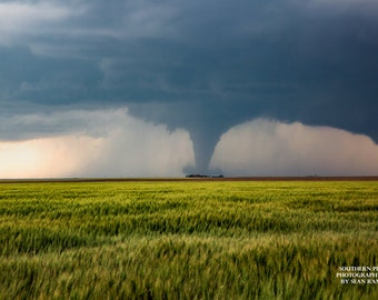 Kansas Tornado, Twister Photo, Tornado Picture, Dodge City, Pictures of Tornadoes, Large Tornadoes, Storm Chasing, Weather Geek, Art for Him