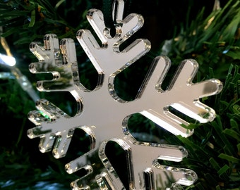 Set of 10 x Silver Icy Snowflake Christmas Tree Decorations in Mirrored Acrylic
