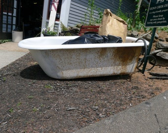 Cast iron claw foot bathtub - 5' | LOCAL PICKUP ONLY