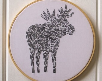 Moose Embroidery Kit / Modern Embroidery Kit / Forest Animal Embroidery