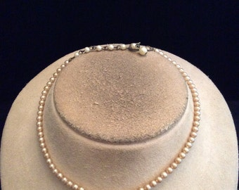 Vintage Off White Faux Pearl Necklace