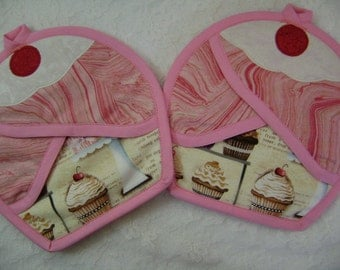 Cup cake Potholder, Pink Cupcake pot holder, Cupcake oven mitts, Cupcake hot pads,  Pocket Potholders