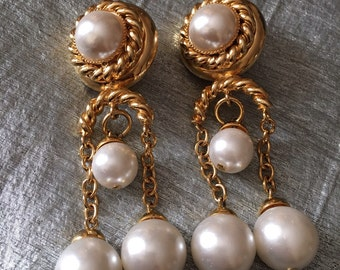 Faux Pearl Dangle Earrings di Carlotta Italy