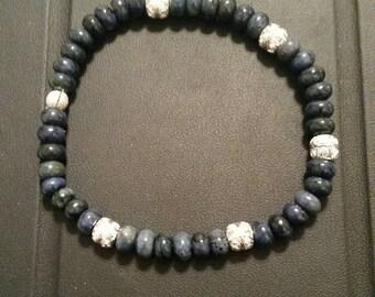 Grey blue sterling silver stretch bracelet