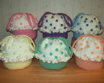 Crochet Cupcake Purse with Coordinating Color Beads for Little Girls, Medium Size, Choice of Pastel Colors with White