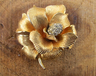Vintage Gold Rhinestone Flower Brooch - Golden Flower Pin