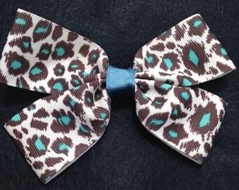 Leopard hair clip