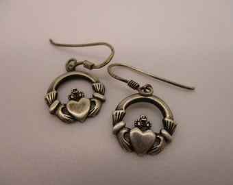 Sterling Silver Irish Celtic Claddagh Earrings