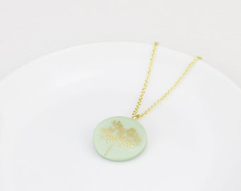 Porcelain necklace tree - green