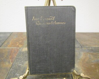 vintage FOUR THOUSAND QUESTIONS and Answers on Old & New Testaments for Students and Sunday School Teachers** No Date