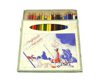 Vintage color Pencils box, mid century set of 20 used French pencils - sheperdess and her flock decor