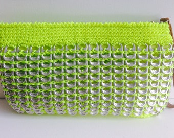 Pop tab crochet clutch