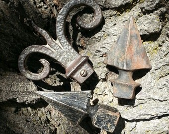 Antique Cast Iron Hardware - Trio Of Victorian Era Fence Finials