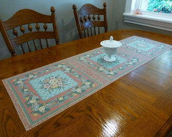 Floral Apricot Table Runner - Handmade - Country - Shabby Chic