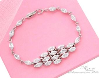 Cubic zirconia bracelet, Bridal bracelet, CZ wedding bracelet, Cubic zirconia wedding jewelry, bridesmaid bracelet, bridesmaid gift B0163