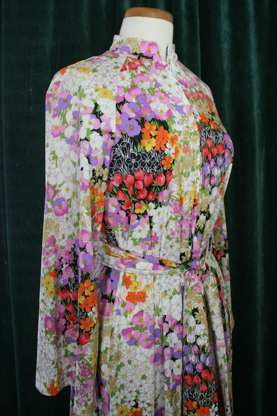 Christian Dior Loungewear Vintage Floral Print Dressing Gown Size Small/Medium (1960s)