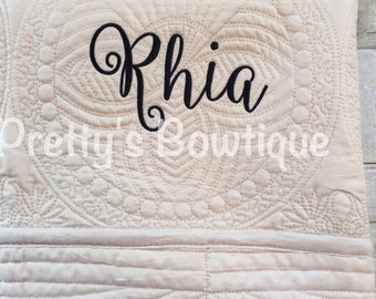Monogrammed Baby Quilt -- Personalized Baby Quilt -- Cotton Throw Quilt -- Baby Bedding -- Baby Shower Gift -- Crib Bedding -- Personalized