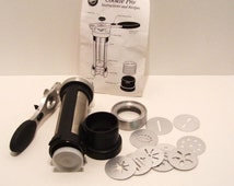 Wilton Cookie Pro Press with 10 Discs and Instruction Sheet