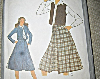 Simplicity Pattern #8653, Ladies size 14 Skirt And Unlined Jacket Or Vest, Copyright 1978, Complete, Gathered Skirt With Front Pleat