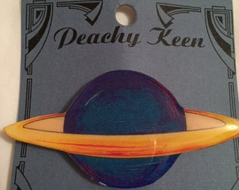 Vintage Unique science astronomy planet brooch/pin