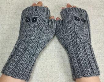 "Kids Fingerless Gloves ""Owls"" gray, handknitted Mittens for Children, Pure Wool, Owly Arm Warmers"