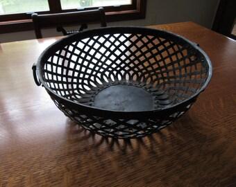 Oversized Vintage Black Metal Basket w/ Rings, Vintage Rustic Woven Folk Art Bowl, Industrial,Urban Decor,Rustic Organizer,Metal Basket,Bowl