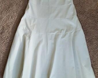 Ladies Size 6 Flared Twill Skirt