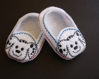 18 inch doll,American Girl,doll slippers,shoes,baby doll,machine embroidery,puppy dog,AG doll,embroidered,gift,handmade,play,birthday