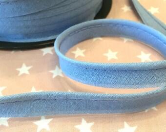 BW-light blue piping