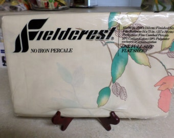 Vintage Fieldcrest FULL Top and Bottom Sheet Chiffon Rose Patern MINT