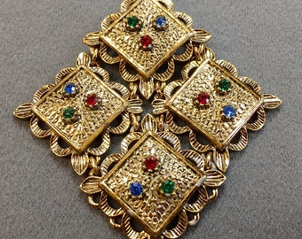 Sarah Coventry rhinestone brooch- Free shipping