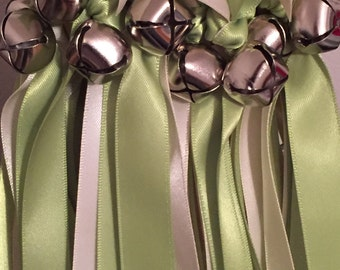 50 Wedding Wands/Wedding Ribbon Wands/Wedding Wand/Apple Green and Ivory