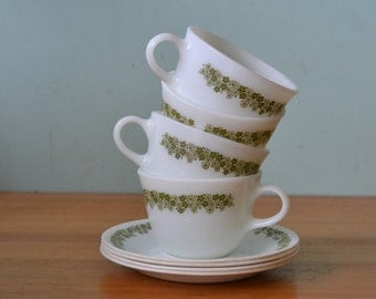 Vintage Retro Pyrex tea cups and saucers x 4 green & white flowers