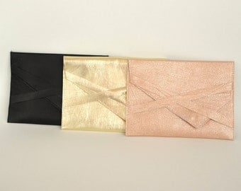 Set of 7 bridesmaids clutches Bridesmaids gifts Bridesmaid clutch Wedding clutch Gold leather clutch Black leather clutch CollectionWN