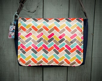 Large Pattern Messenger Bag