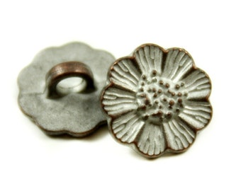 Metal Buttons - Small Daisy Copper White Patina Metal Shank Buttons - 13mm - 1/2 inch - 6 pcs
