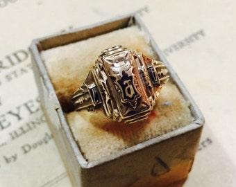 Vintage 10K Gold Balfour Class Ring - Size 7