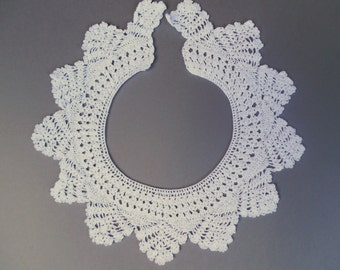 White Lace Collar, Hand Crocheted White Lace Collar from the 1940's