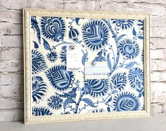Bulletin board - magnetic board - white frame magnet board