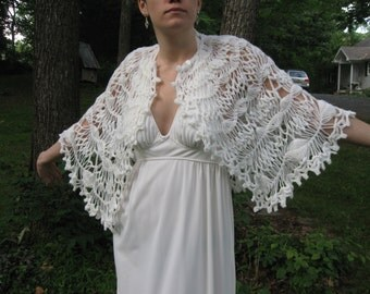 Vintage White Crochet Cape Poncho Shawl Open Weave - Lovely!