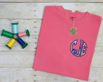 """Lilly Pulitzer """"Fishing for Compliments"""" SHORT SLEEVE  Tshirt"""